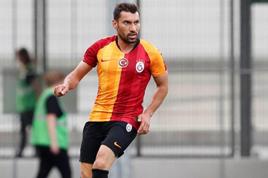Şener Özbayraklı Galatasaray'da kaç maçta oynadı?