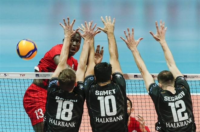 Spor Toto, Halkbank'ı 3-1 mağlup etti