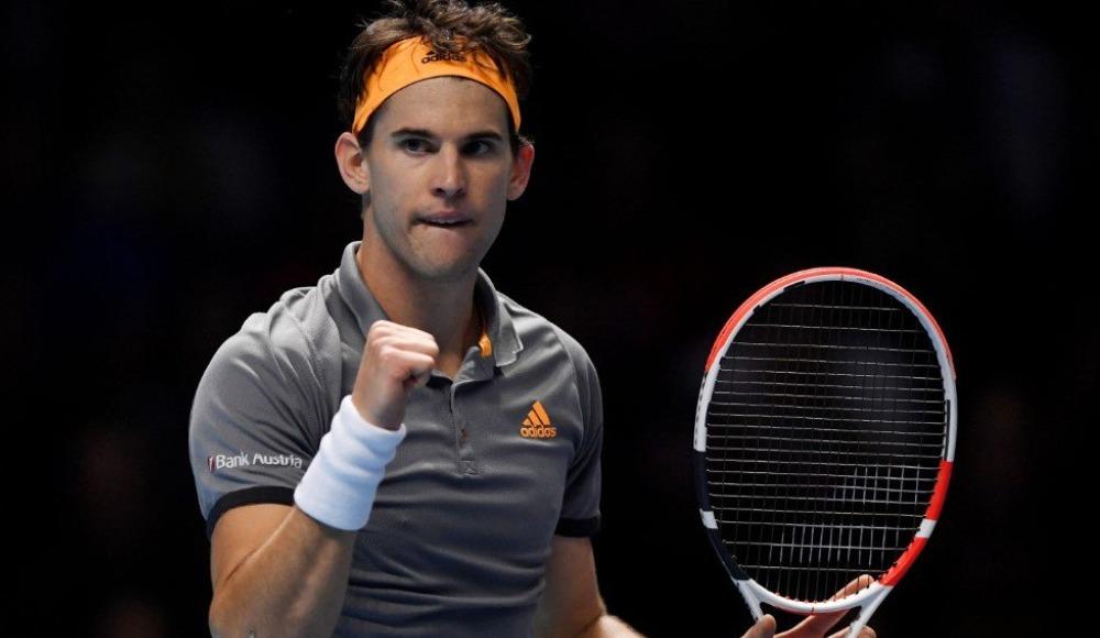 Dominic Thiem, Novak Djokovic'i 2-1 yendi ve yarı finale yükseldi
