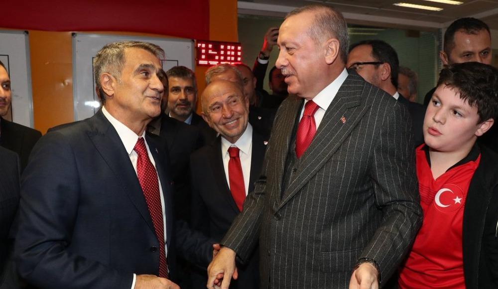 Cumhurbaşkanı Erdoğan, soyunma odasına indi