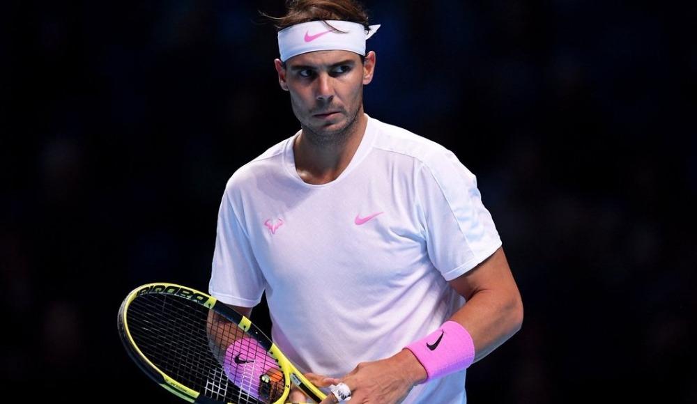 Nadal, Yunan Tsitsipas'ı 2-1 mağlup etti