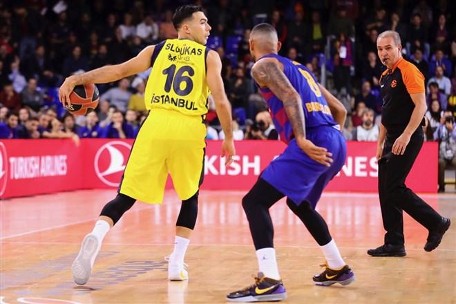 Fenerbahçe Beko, Barcelona'ya deplasmanda farklı kaybetti!