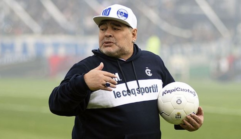 Maradona geri döndü