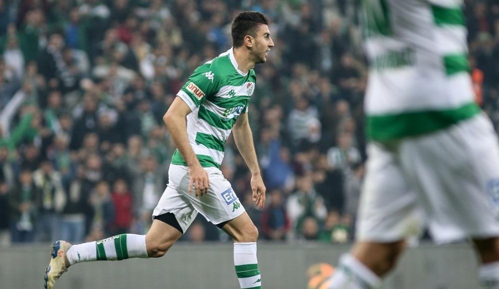 Bursaspor, sahasında Keçiörengücü'nü 1-0 mağlup etti