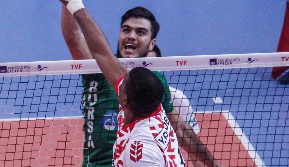 Bursa Büyükşehir Belediyespor sahasında Ziraat Bankası'nı 3-1 yendi