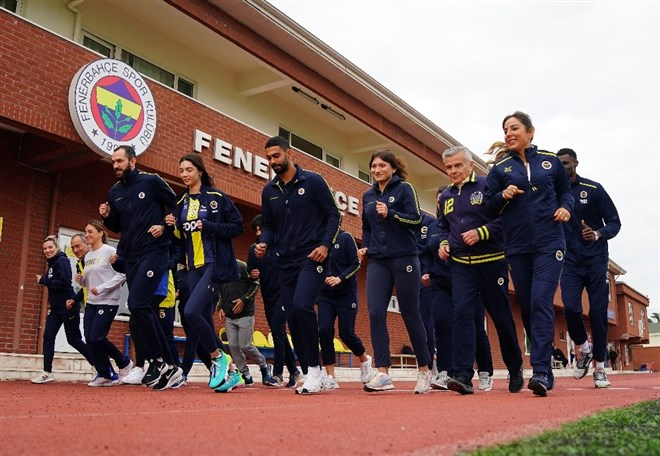 Fenerbahçe'den 'Kadına Şiddete Karşı Sporun Gücü' koşusu