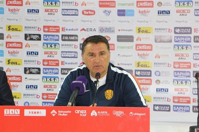 Mustafa Kaplan'dan Antalyaspor, transfer yasağı ve transfer açıklaması