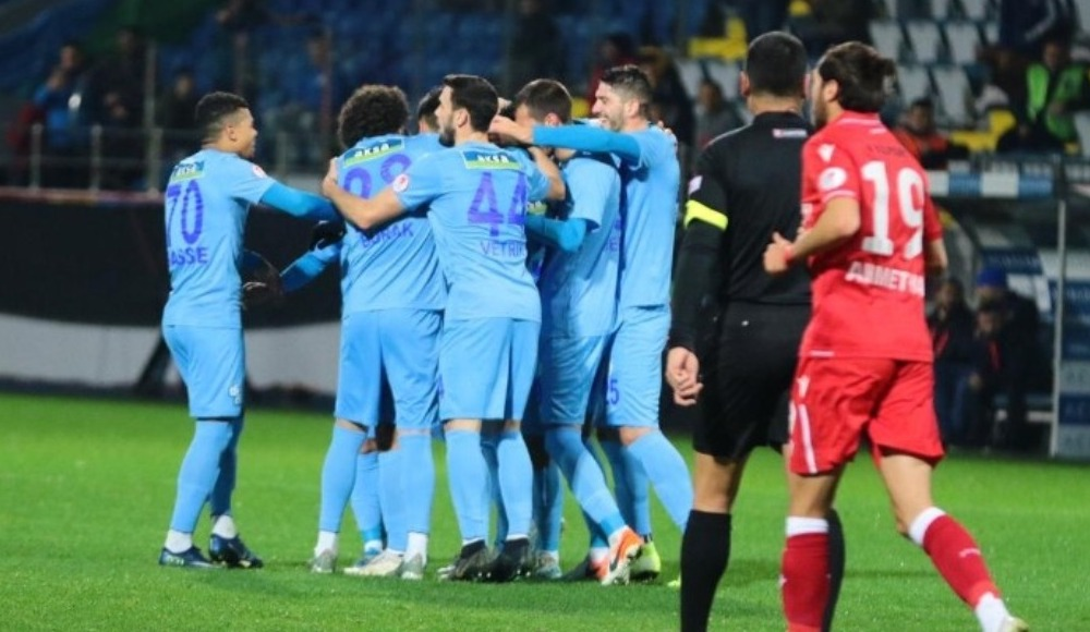 Çaykur Rizespor sahasında üç golle güldü!