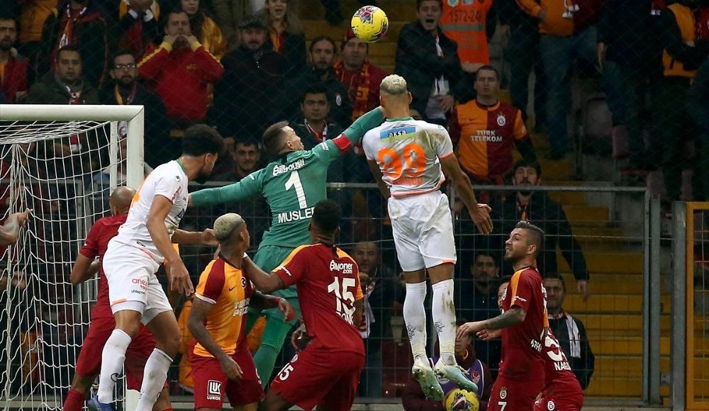 """Galatasaray maçı kazandı ama oyunu kaybetti"""
