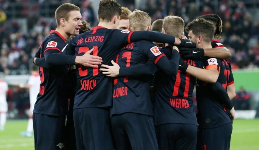 RB Leipzig maç fazlasıyla liderliğe yükseldi