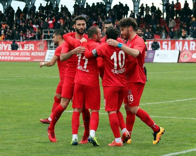 Ümraniyespor, Osmanlıspor'u tek golle geçti