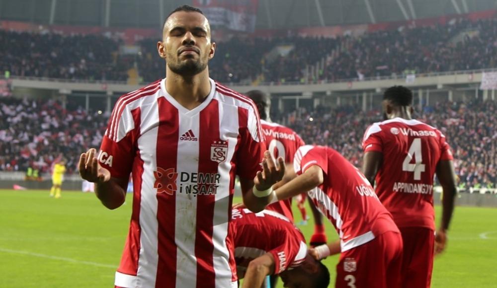 """Fernando: """"Robinho'yu Sivasspor'da görmek istiyorum"""""""