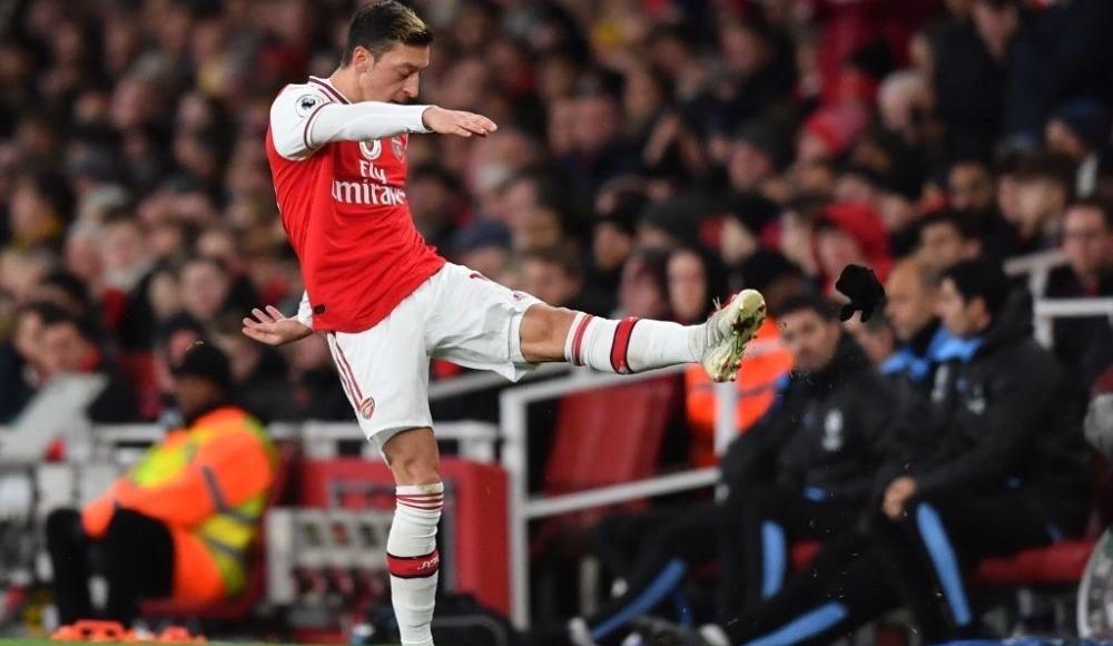 Mesut Özil hedef haline geldi!