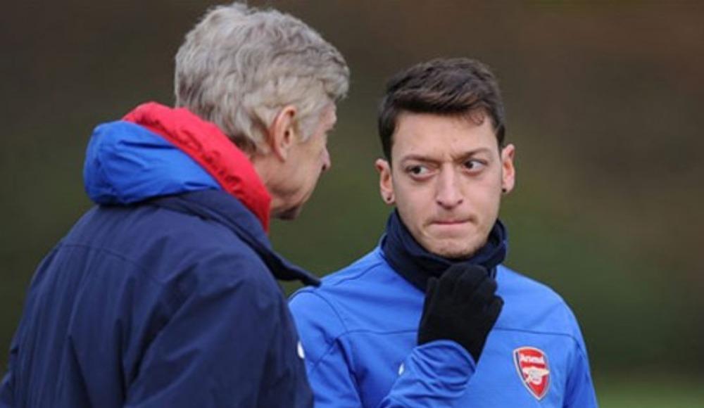 """Arsene Wenger'den Mesut Özil'e """"ifade özgürlüğü"""" desteği"""