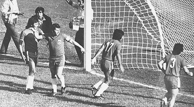 Carlos Caszely ve o gol