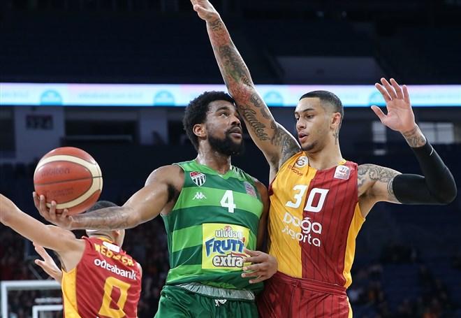 Galatasaray Doğa Sigorta sahasında üst üste 7. galibiyetini aldı