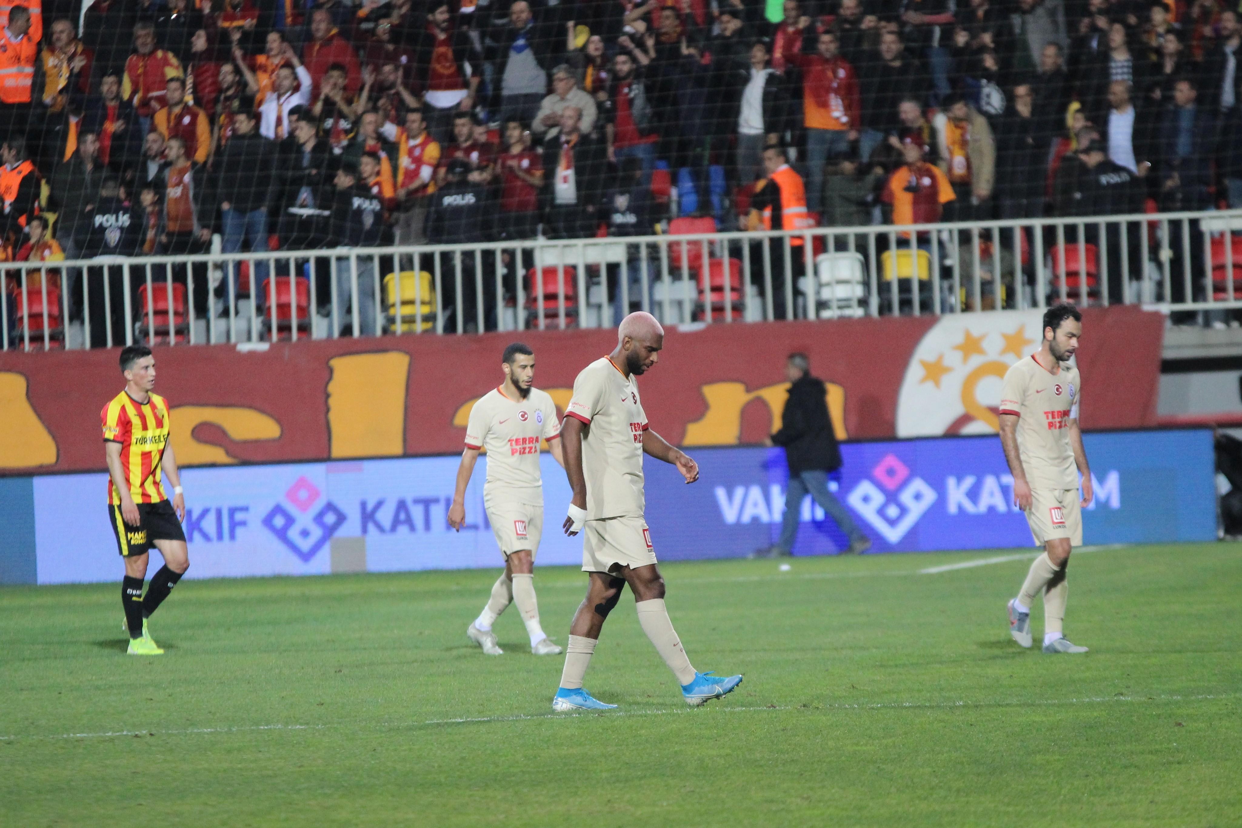 Galatasaray'dan tarihi performans! Daha kötüsü...