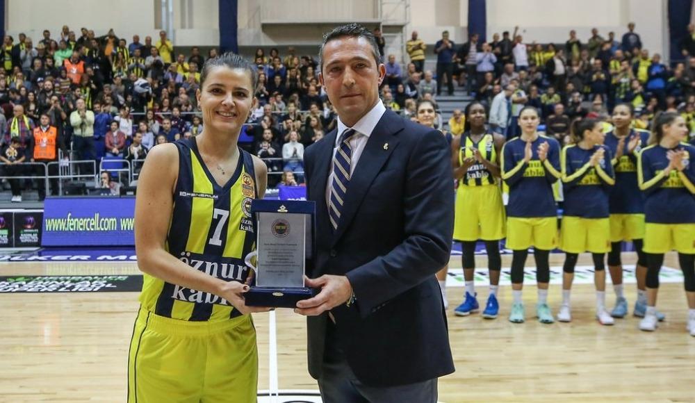Fenerbahçe Öznur Kablo sahasında farklı kazandı!
