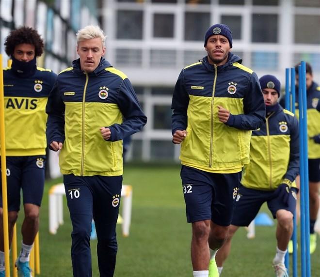 Fenerbahçe'de Gaziantep FK maçı hazırlıkları sürüyor!