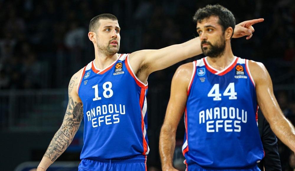 Anadolu Efes, Maccabi Tel Aviv'i rahat geçti