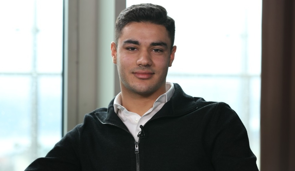 """Ozan Kabak: """"Van Dijk ile karşılaştırılmak iyi hissettiriyor"""""""