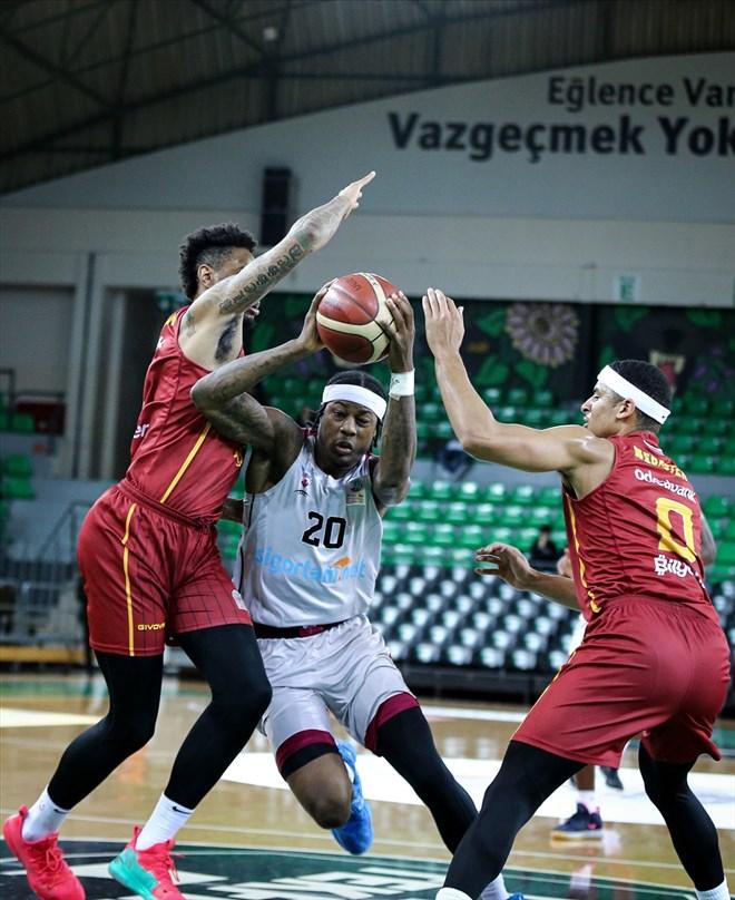 Galatasaray Doğa Sigorta son saniyede bulduğu basketle kazandı!