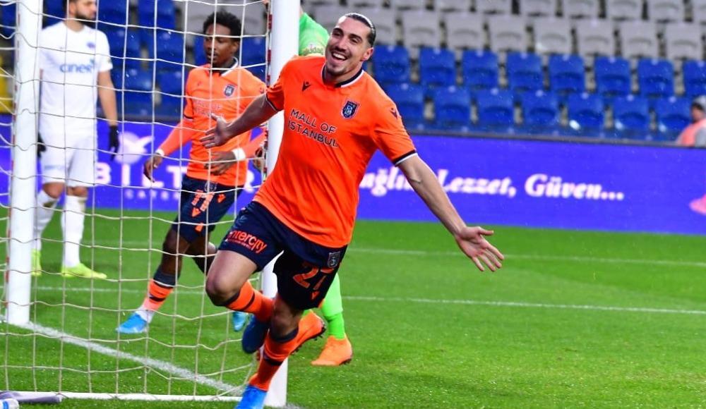 Başakşehir'de Crivelli dönüyor! Liderlik maçı...
