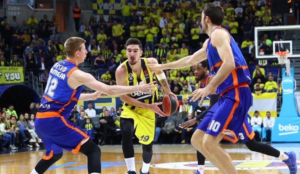 Fenerbahçe Beko - Valencia maçında hakem yanlış karar verdi!