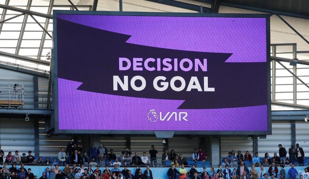 """Guardiola'dan VAR değerlendirmesi: """"Her hafta karmaşa..."""""""