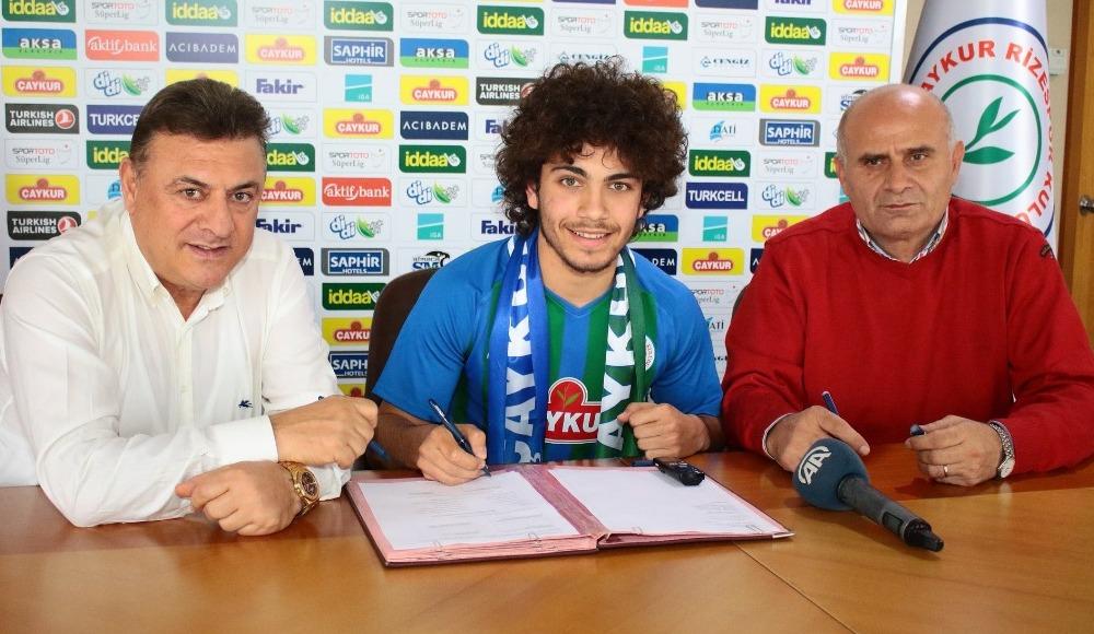 Çaykur Rizespor, Mithat Pala ile sözleşme imzaladı