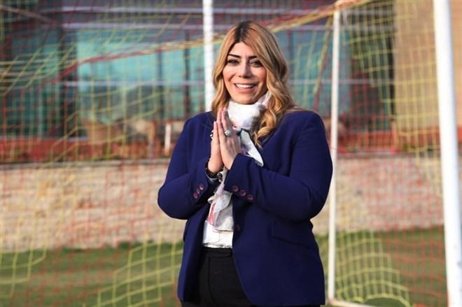 Kayserispor Başkanı Berna Gözbaşı, penaltı pozisyonuna sert çıktı