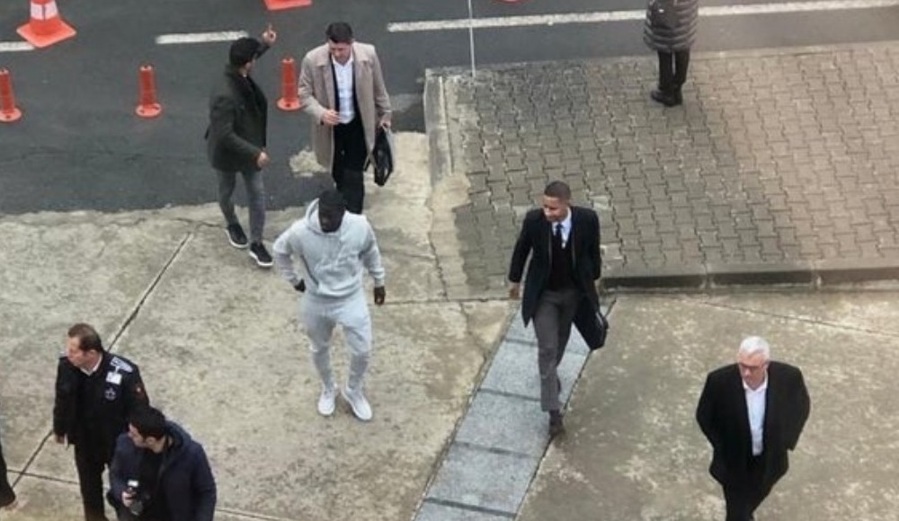 Badou Ndiaye Trabzon'a geldi