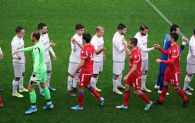 Konyaspor, hazırlık maçında Altınordu'yu 2-1 yendi