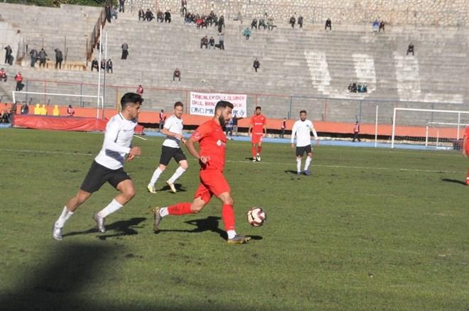 Zonguldak Kömürspor, sahasında Manisaspor ile berabere kaldı
