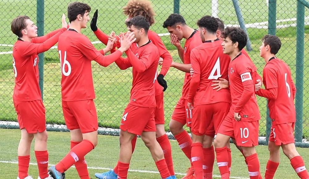 U18 Milli Takımımız, İtalya'yı 3-0 mağlup etti