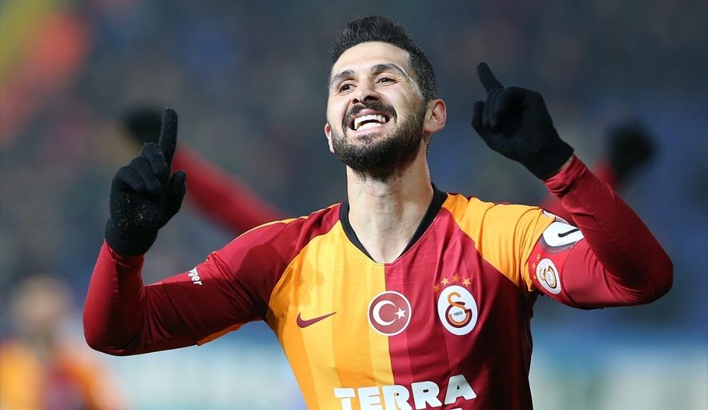 Galatasaray'dan Emre Akbaba için iki flaş karar!