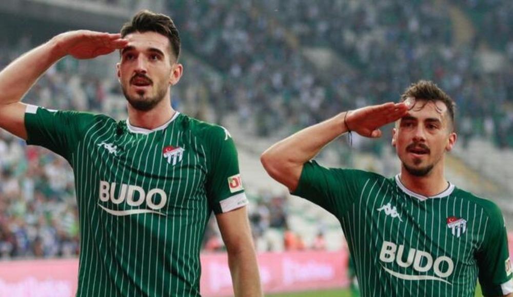 Bursaspor, Onurcan Piri ile yollarını ayırdı