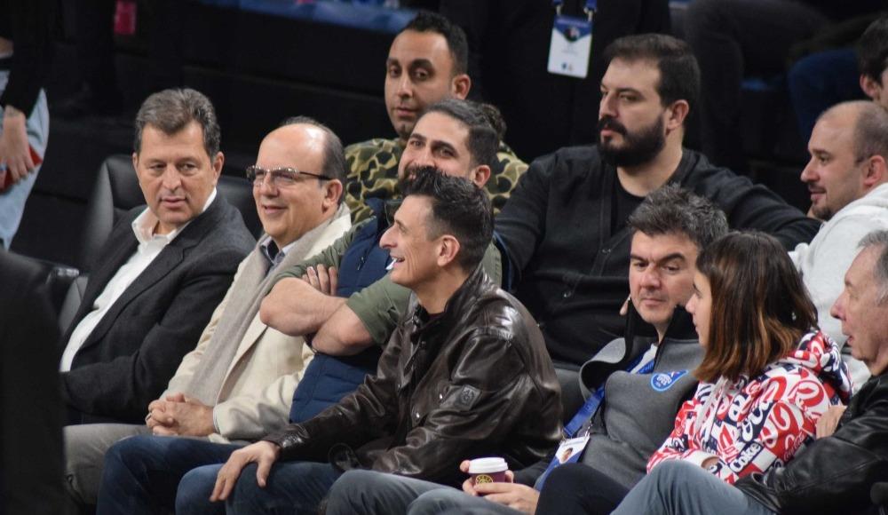 Necati Ateş ve Guidetti Anadolu Efes - Asvel maçını takip etti