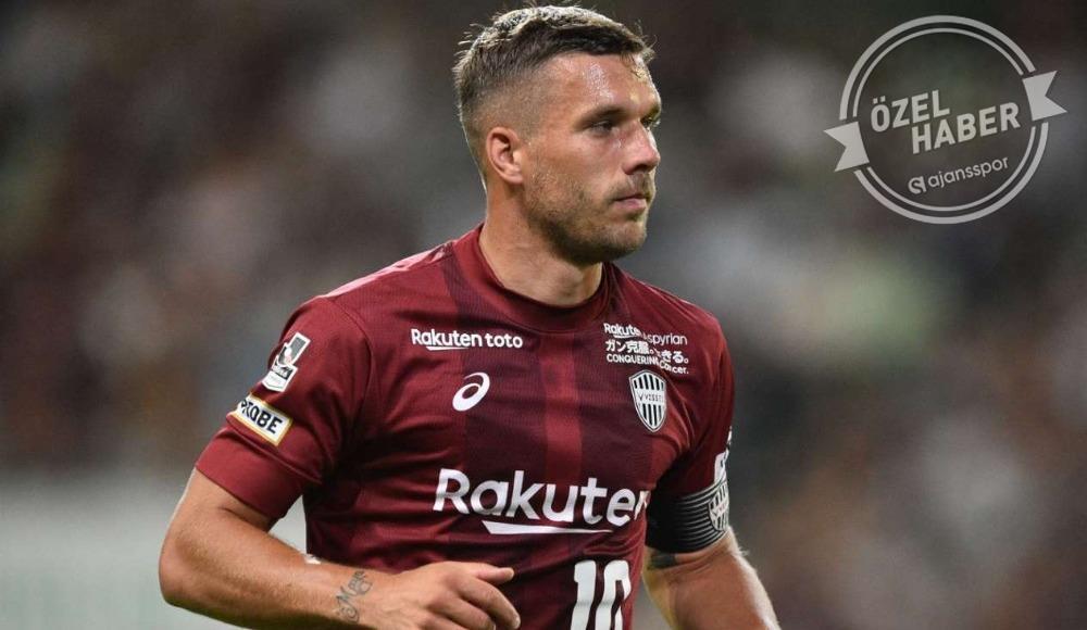 Podolski Antalyaspor için geliyor