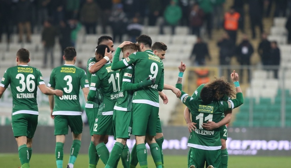 Bursaspor 90'da güldü! 2-1