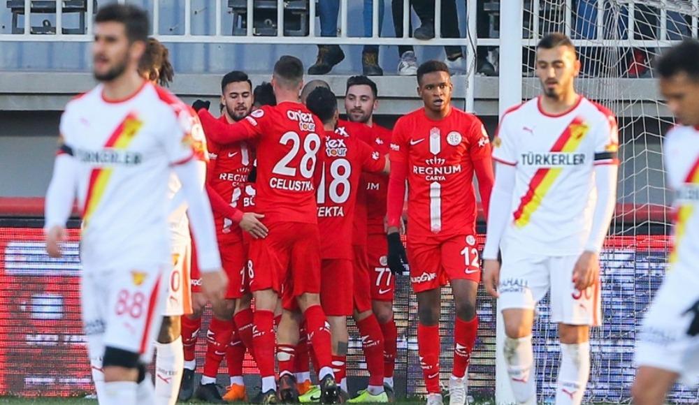 İzmir'de eşitlik bozulmadı, Antalyaspor çeyrek finale çıktı!