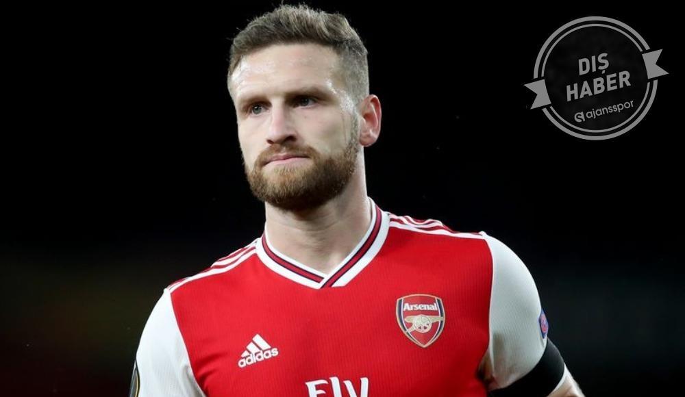 Arsenal Mustafi için kararını verdi