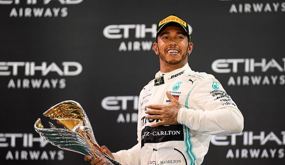 Hamilton İspanya'da kazandı, rekor kırdı