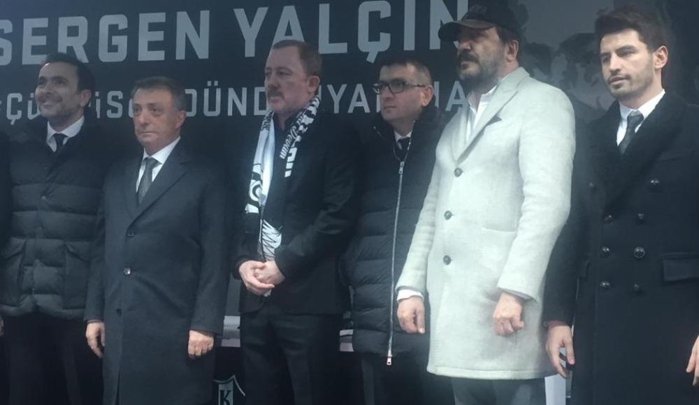 """Taraftardan Çebi'ye: """"Hesap sorsana..."""""""