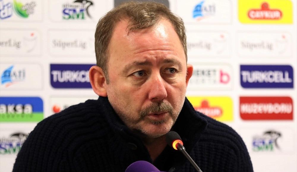 """Hakan Aksoy: """"Sergen Yalçın, devre arasında gelmeliydi"""""""