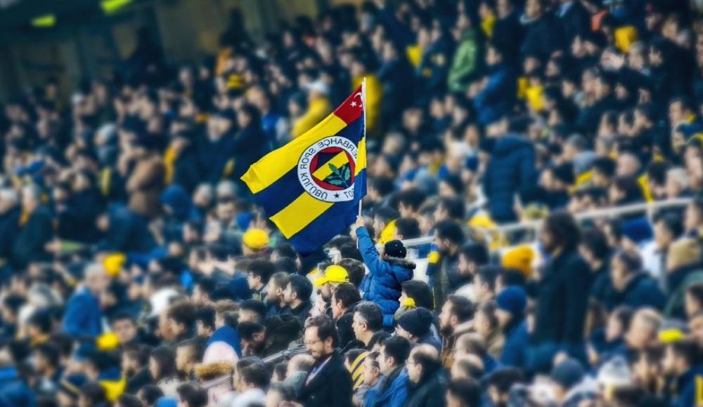 """Fenerbahçe'den """"ırkçılık"""" açıklaması"""