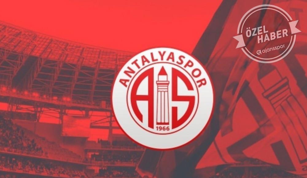 Ertelemenin ardından ilk hamle Antalyaspor'dan geldi