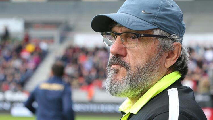Reşit Akçay'ın Trabzonspor'a karşı karnesi
