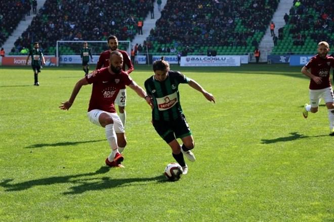 Sakaryaspor, Bandırmaspor'u tek golle geçti!