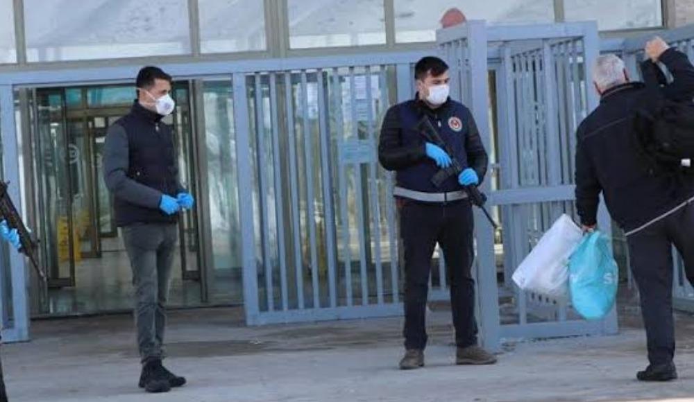 Türkiye'den İRAN'a corona virüs engeli